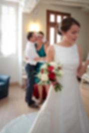 Mariage de Pauline et Colas Brissac, Stéphane Guibert photographe mariage Angers , Préparatif mariée, la joie des parents.