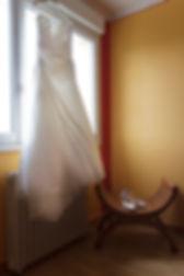 Mariage Emmanuelle et Baptiste, Loire atlantique, Stéphane GUIBERT photographe Angers, la robe de la mariée