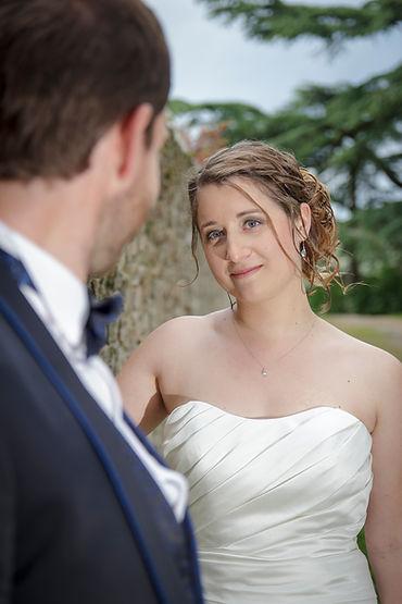 Mariage Emmanuelle et Baptiste, Loire atlantique, Stéphane GUIBERT photographe Angers, le regard de la mariée