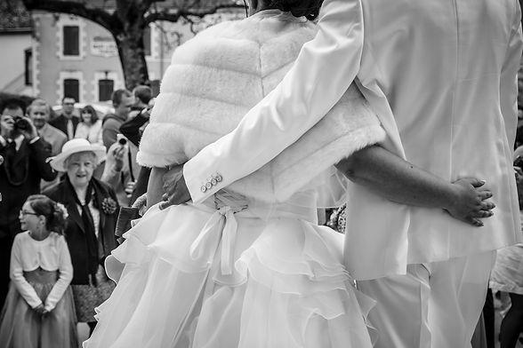photographe mariage Adeline et Thomas  Angers stéphane Guibert, la sortie de la mairie