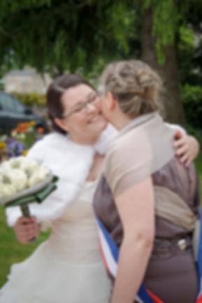 photographe mariage Adeline et Thomas  Angers stéphane Guibert, la mariée et sa maman