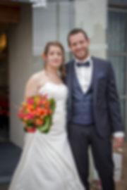 Mariage Emmanuelle et Baptiste, Loire atlantique, Stéphane GUIBERT photographe Angers, photo de couple à la mairie
