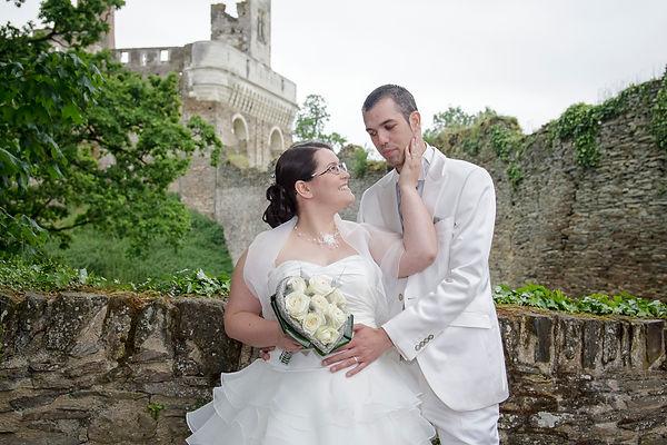 photographe mariage Adeline et Thomas  Angers stéphane Guibert - photos de couples sur le pont