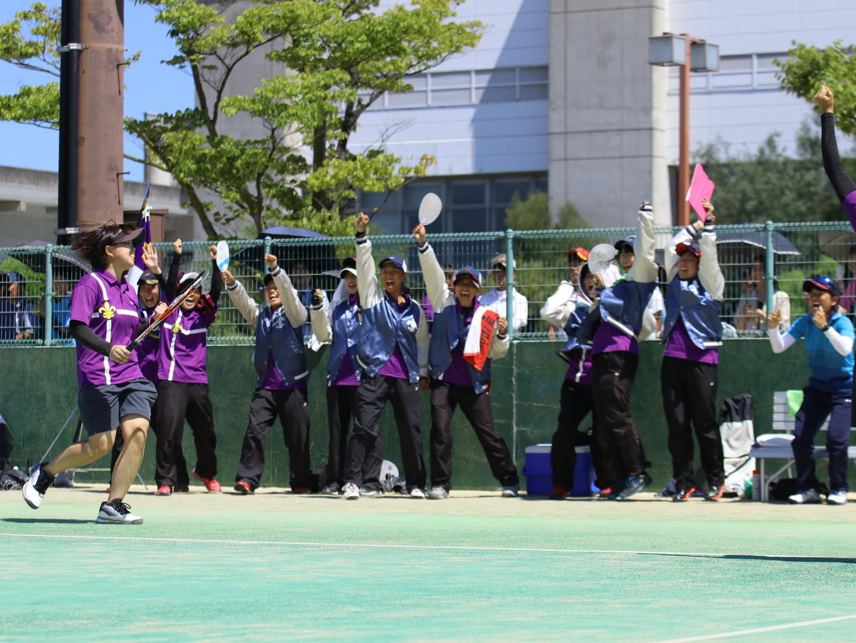 ソフトテニス部女子.JPG