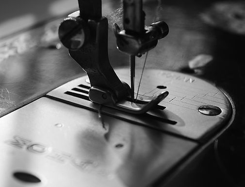 black and white sewing machine