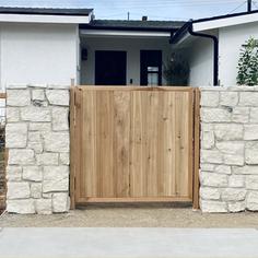 Custom Vertical Inset Gate
