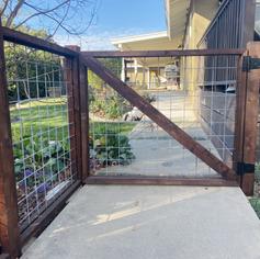 Custom Hogwire Gate