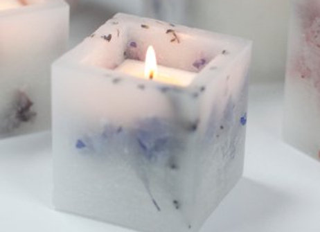 Lavender Fields Enchanted Glowing Candle
