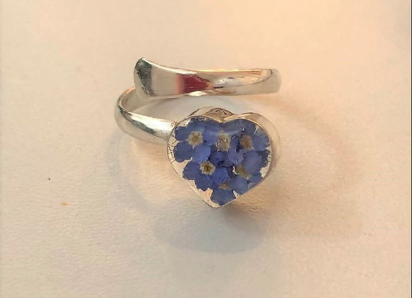 Real Flower Forget-Me-Not Heart Ring