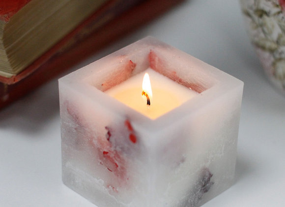 Rose Garden Enchanted Glowing Candle