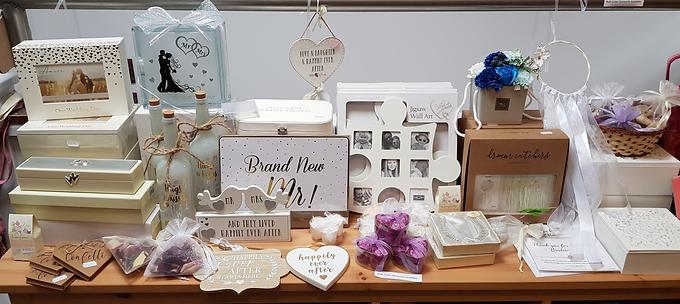 Wedding Decorations & Accessories