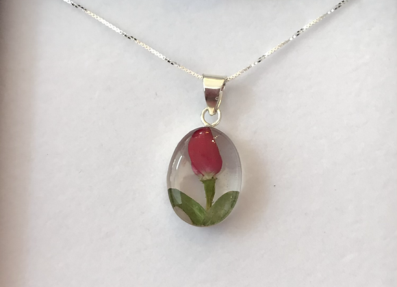 Rosebud Silver Oval Pendant Necklace