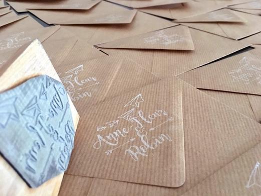 tampon-avion-papier