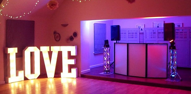 Wedding DJ & Mobile Wedding Disco DJ Hire Cardiff
