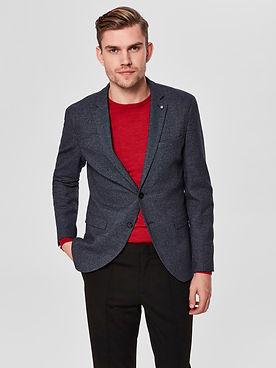 Business Casual Outfit mit Blazer und Pullover von aschenbrenner Kirchheim