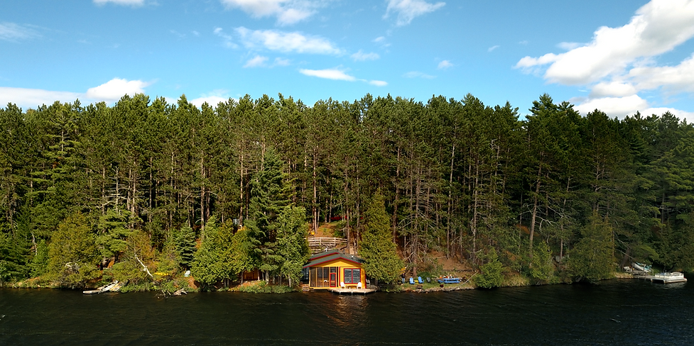 lakeshore vacation rental cabin in Northern Minnesota