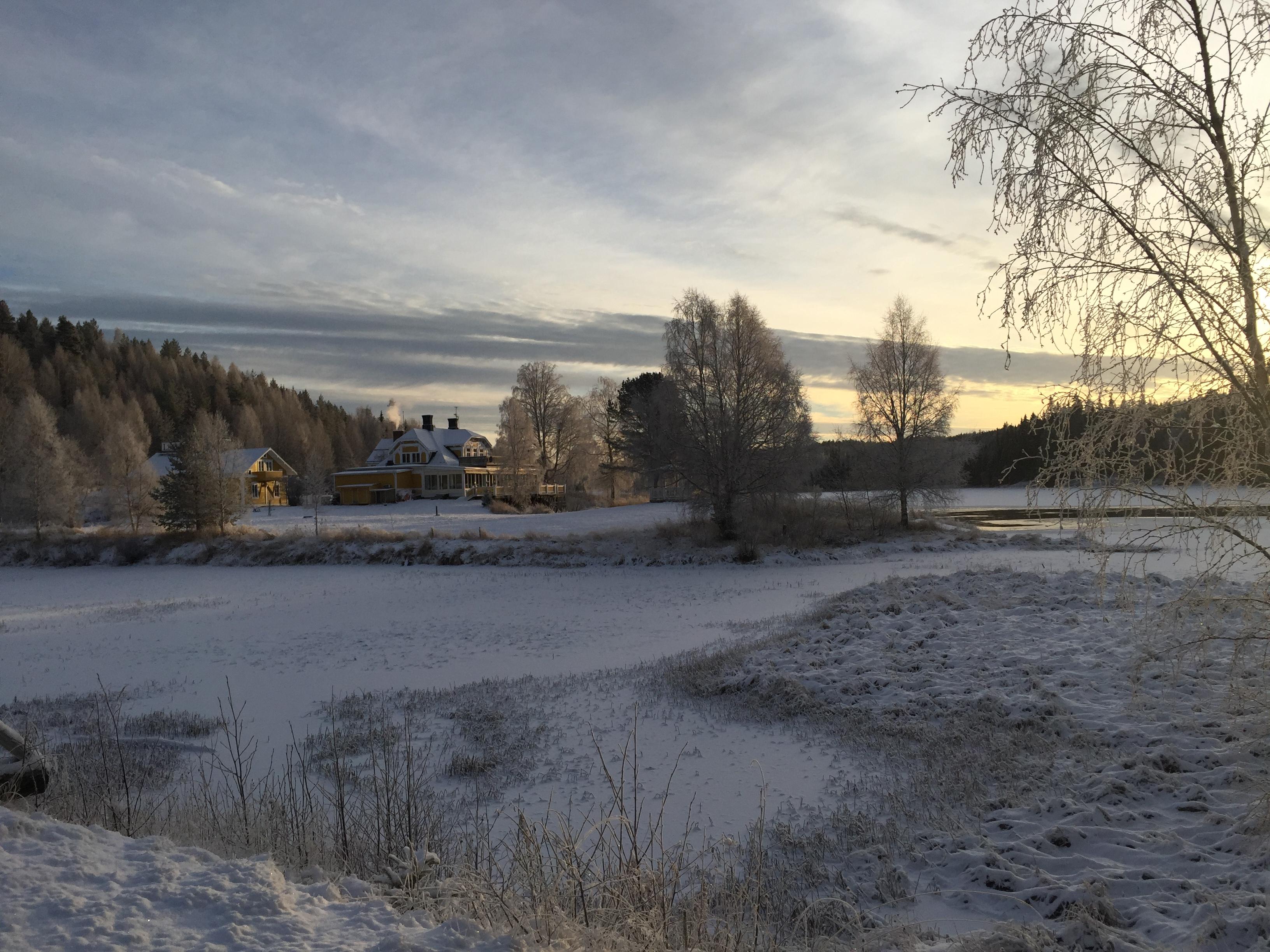 06 Hotel riverside winter