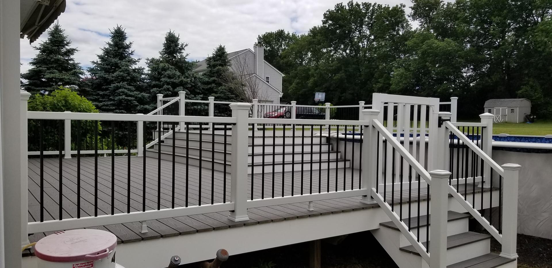 New-Deck-Construction-1.jpg
