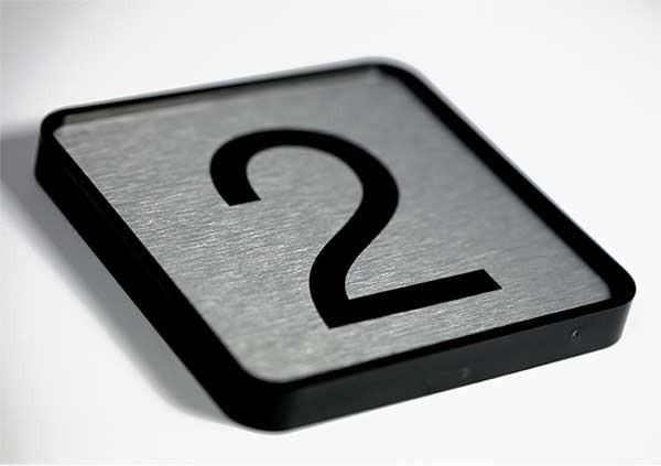 Placa Sinalização Aço Escovado    Fórmula Comunicação Visual