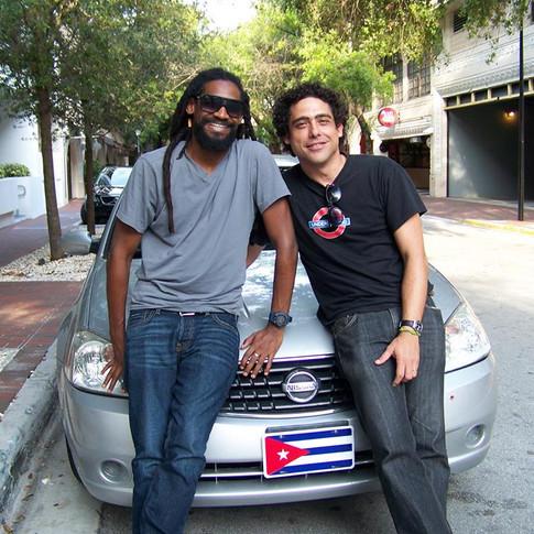 Abel Sierra Madero and Cuban rapper Raudel Collazo (Miami, 2013)