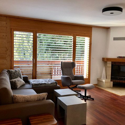 renovation-crans-montana-salon-parois-bo