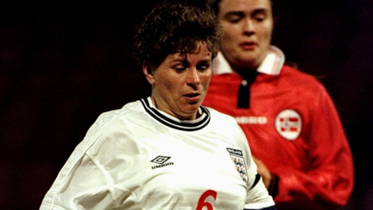 Gill Coultard playing for England women football team