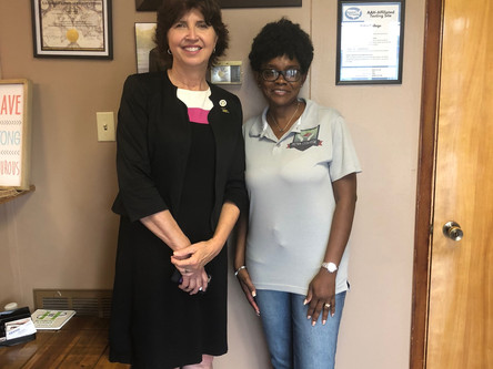 State Senator, Beth Mizell, stops by Petra College