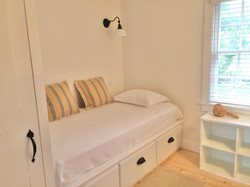 single bedroom #1