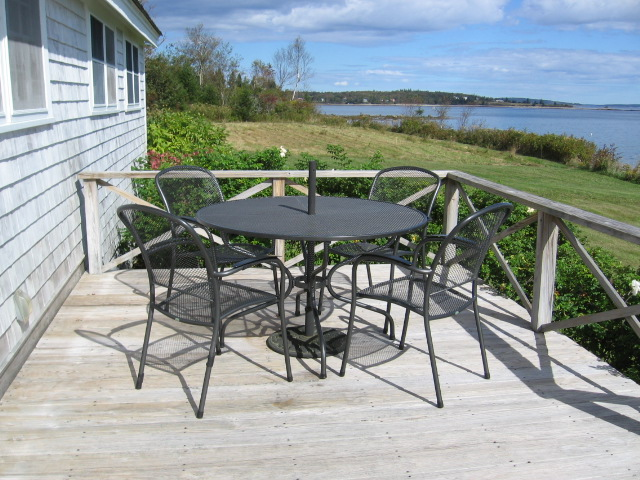 dining area on oceanside deck