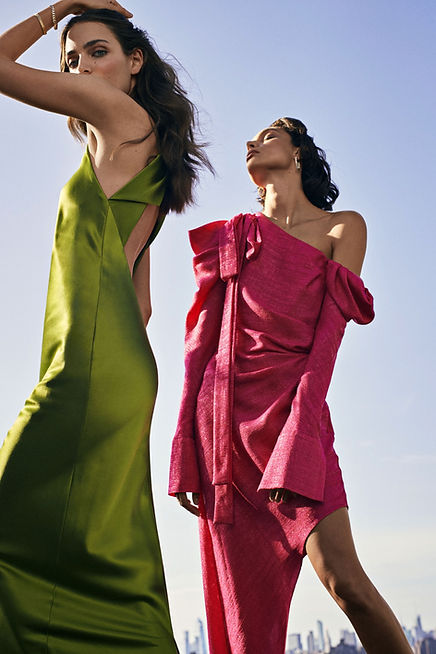 Intermix NYC fall 19 campaing Charlee Fraser and Zuzanna Bijoch rooftop ny