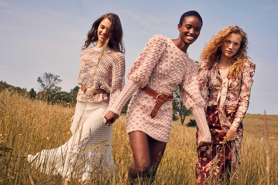 Intermix Fall 18 Campaign, models on tall grass, fashion