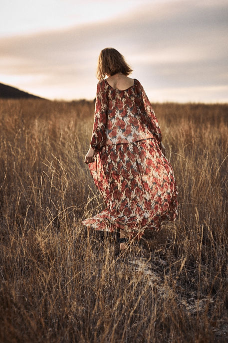 Lou Schoof Anthropologie Mexico kimono straw fall brown dresses long field