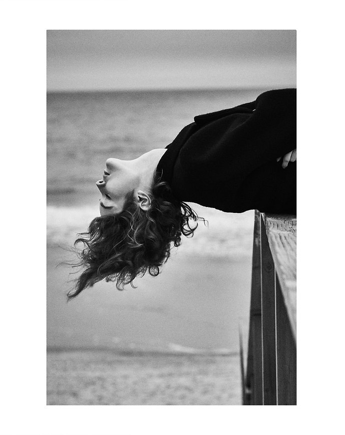 Jac Monika, So it goes magazine, timeless, beach, montauk, suits, black and white, B&W, model, smile, fun mood