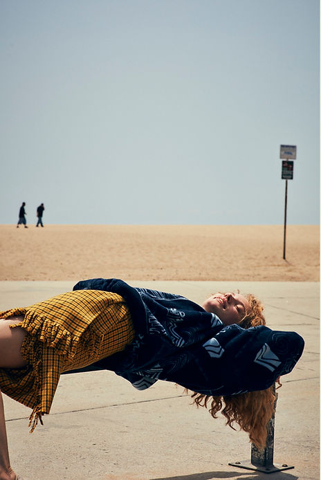 Tanya Kizko - Costume Magazine - California Sunrise - Will Vendramini - Venice Beach Sleep