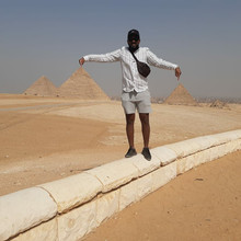 visit to giza pyramids with egypt tours for you