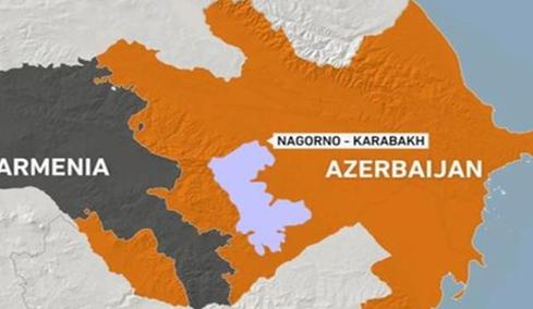 Los enfrentamientos entre Azerbaiyán y Armenia, la herencia del desplome de la Unión Soviética.