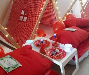 Red and Cream Polka Dot Theme