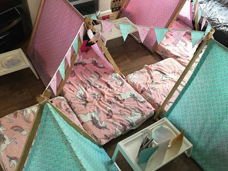 Another busy weekend at Tiny Tents, butterflies, unicorn and emoji fun 🦄🦋😍