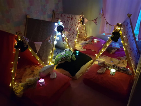 Mixed sleepunder party for boys and girls football and unicorn theme glamping