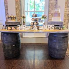 Whisky barrels/door table setup