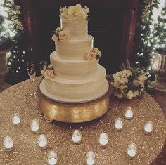 """20"""" Gold Cake Stand"""
