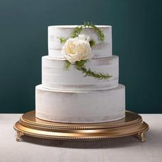 """18"""" Gold Cake Plateau"""