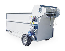 Compost hopper