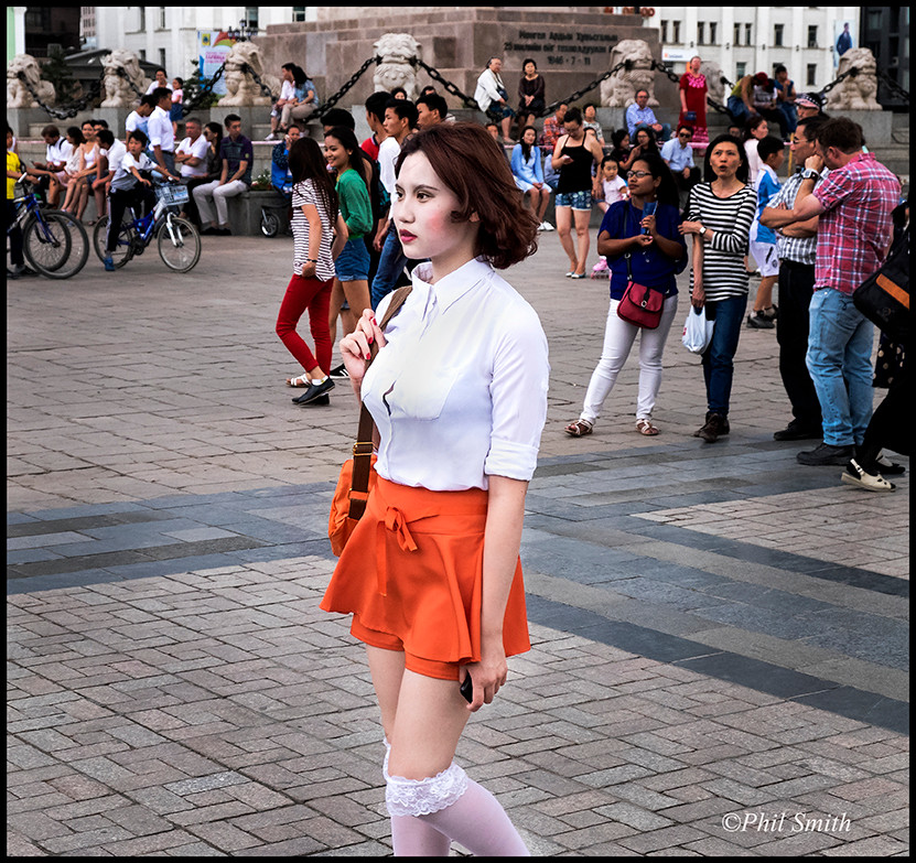 OrangeGirl(redo)0610.jpg