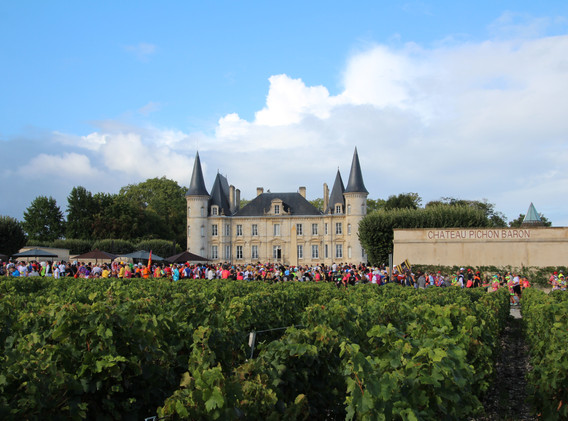 Crowds of Runners - Chateau Pichon Baron