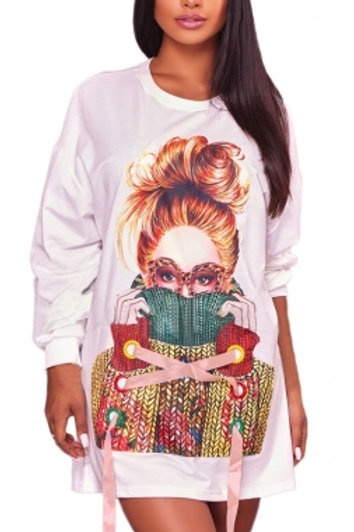 Seria White Sweater Girl Graphic Sweatshirt Dress