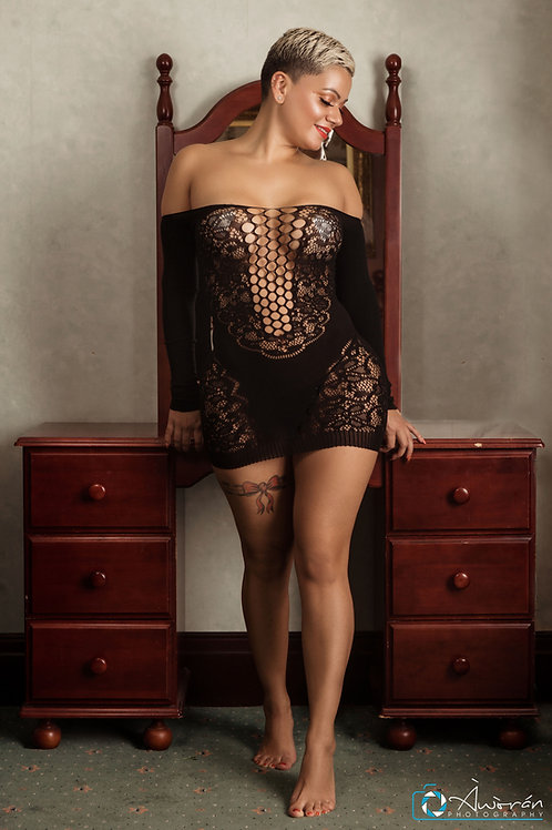 Tonne Off Shoulder Lace Hallow-out Chemise