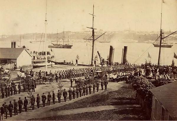 1-Depart de la garnison Britanique en 18