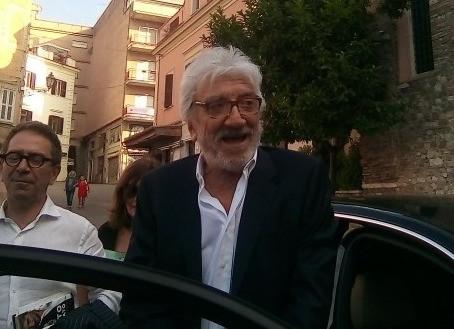 Tivoli saluta Gigi Proietti con l'onore di averlo ospitato due anni fa a Villa D'Este