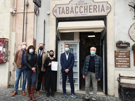 Tivoli: Da oggi i certificati anagrafici si fanno anche in tabaccheria